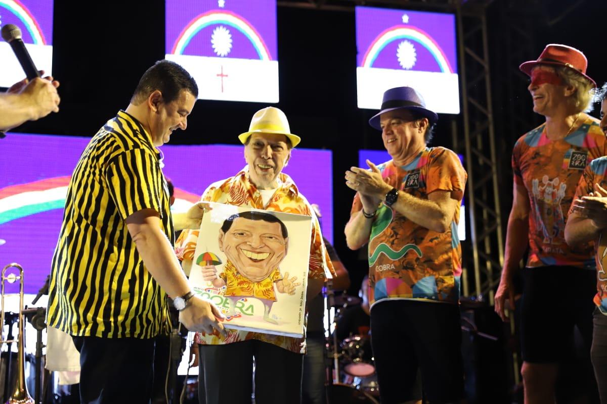 Bloco Zooêra 2020 foi marcado por homenagens a ícones da cultura Pernambucana