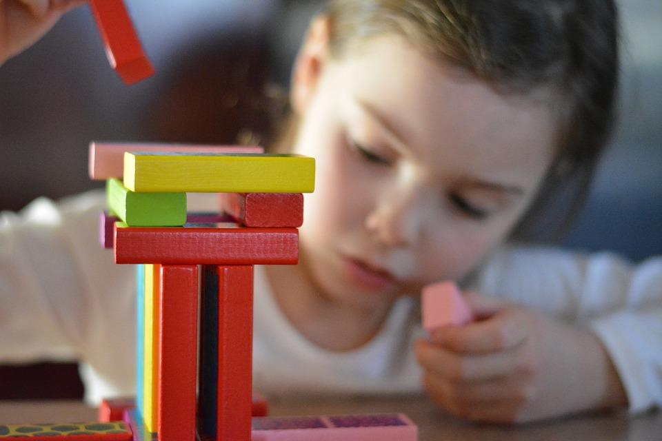 No Dia do Autismo, especialistas explicam sobre adaptações durante a quarentena para crianças